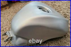 2004 2006 ZX10R Fuel Tank, Brushed Aluminium rep