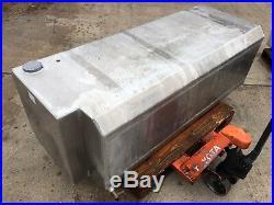 2x Aluminium Diesel Tanks for Renault magnum 4x2